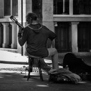 Straatmuzikant in Parijs - Foto: Macadam13, Pixabay - CC0 Creative Commons