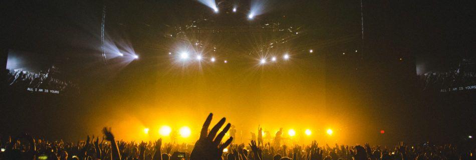 Mama Genesis Audio Push, Concert, Publiek, podium, podia - Bron: Pexels (Publiek Domein)