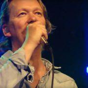 Van Dik Hout - Bron: YouTube