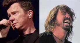 Rick Astley en Dave Grohl (Foo Fighters) - Foto eigen creatie, origineel van Wjack12 en Ryanw2313 (Wikimedia)