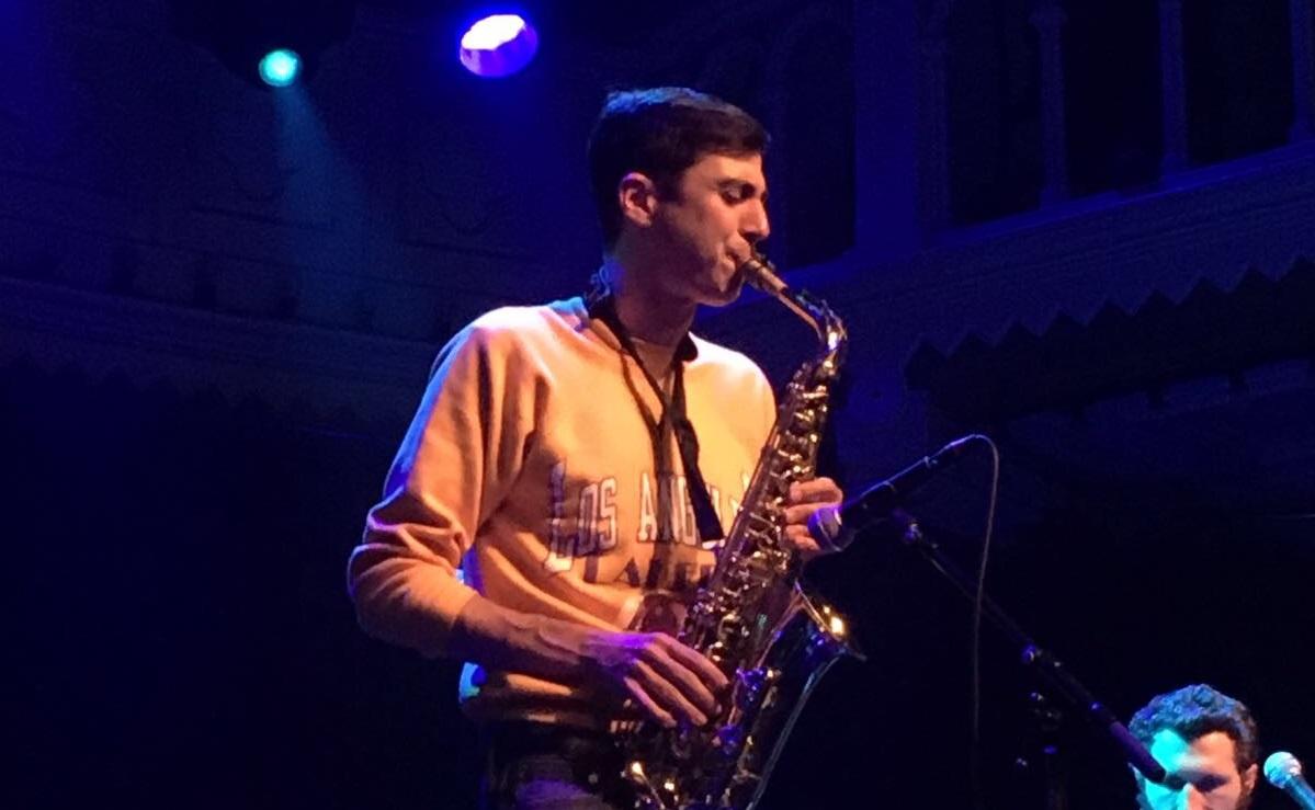 Joey Dosik (Vulfpeck) live in Paradiso (2017) - Fotocredits: Pieteke Dik (ArtiestenNieuws)