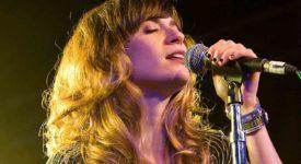 Nicole Atkins - Fotocredits: Kirk Stauffer (Wikimedia Commons)