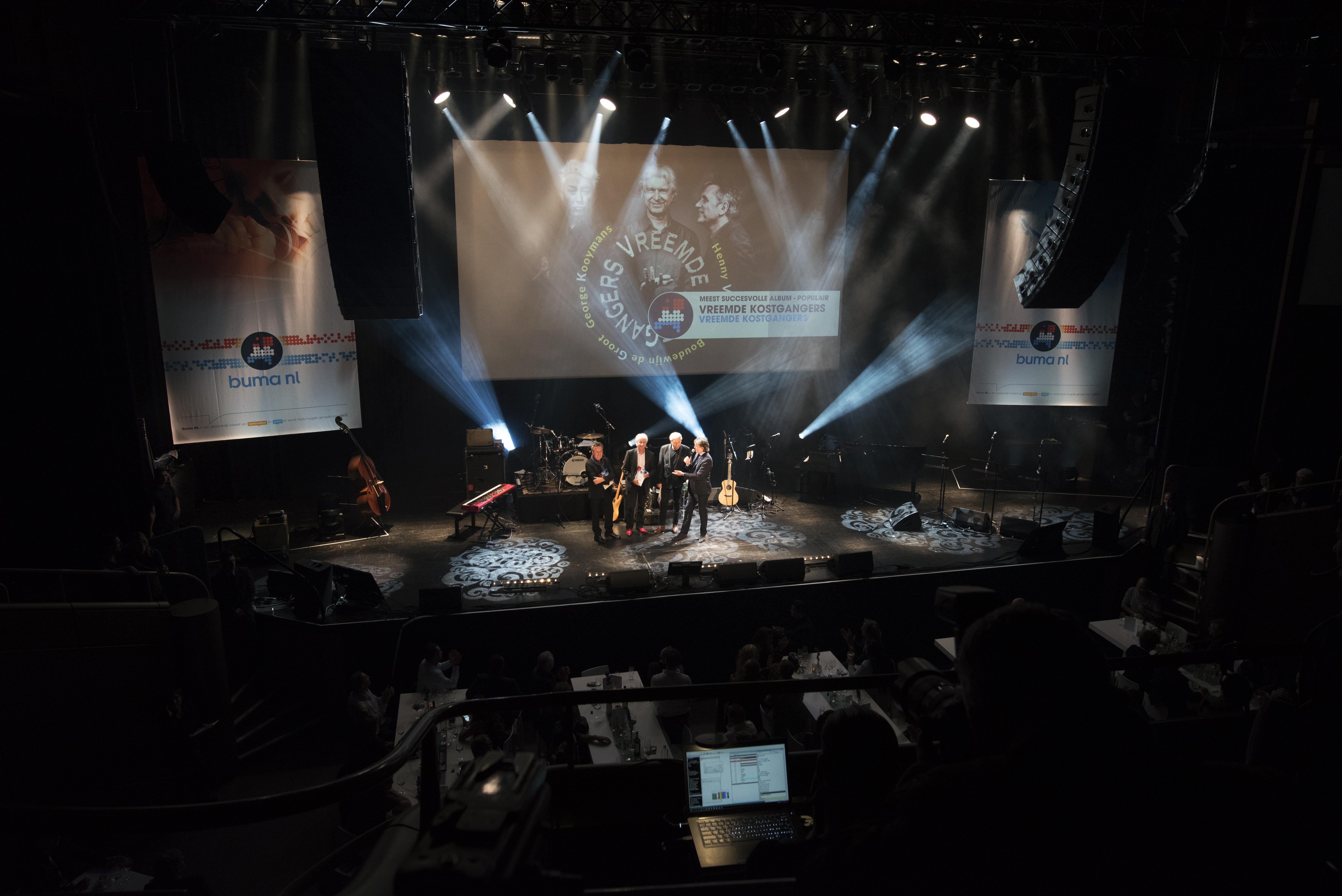 Boudewijn de Groot, George Kooymans en Henny Vrienten nemen Buma Nl Award in Ontvangst - Fotocredits: Shali Blok (ArtiestenNieuws)