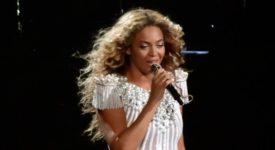 Beyoncé - Fotocredits: Nat Ch Villa (Wikimedia Commons)