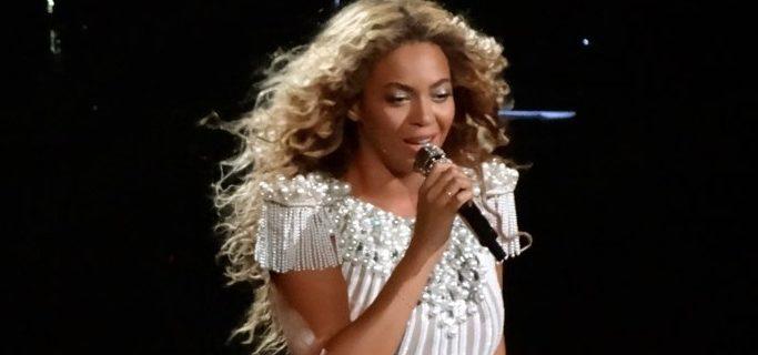 Beyoncé - Fotocredits: Nat Ch Villa (Wikimedia Commons, CC BY 2.0)