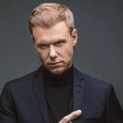 Armin van Buuren (cropped) - Foto persbericht Armada Music 2 (Zie mail)