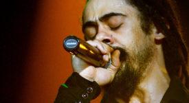 Damian Marley - Bron: Wikimedia Commons CC BY-SA 2.0) - Fotocredits: Juan Santacruz
