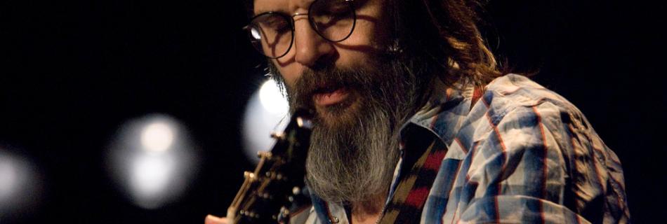 Steve Earle - Foto: Bryan Ledgard (Flickr, CC BY 2.0)