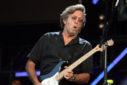 De legendarische Eric Clapton speelt live tijdens het Hard Rock Calling concert op 28 juni 2008 in Hyde Park, Londen. Author: Majvdl (Wikimedia Commons)