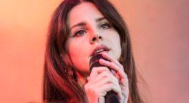 Lana Del Rey (cropped) - Foto: Harmony Gerber (Wikimedia, CC BY 2.0)