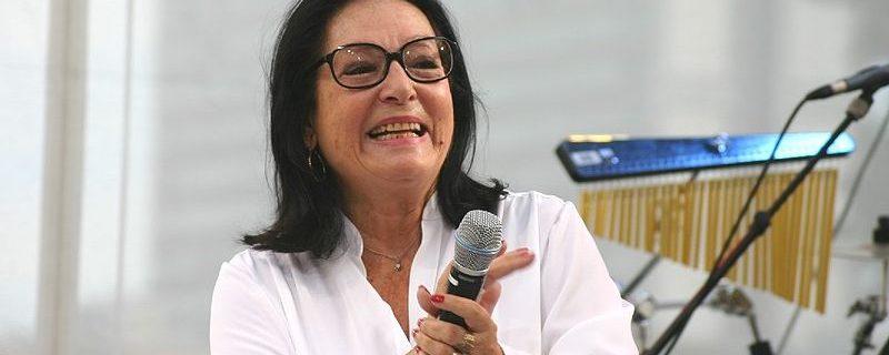Nana Mouskouri. Author: SpreeTom. (Wikimedia Commons, CC BY-SA 3.0)