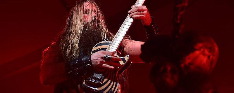 Zakk Wylde (Zakk Sabbath, Black Label Society, Ozzy Osbourne) - Foto Staff Sgt. Sara Keller (Wikimedia, public domain)