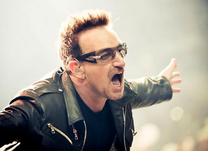 Bono (U2) - Fotograaf Peter Niell - Wikimedia Commons (CC BY 2.0)