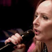Angela Groothuizen - Screenshot YouTube