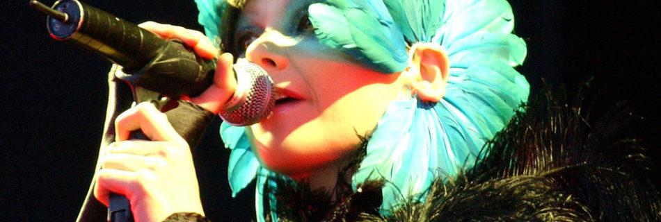 Björk - Credits: Zach Klein via Wikimedia Commons (CC BY 2.5)