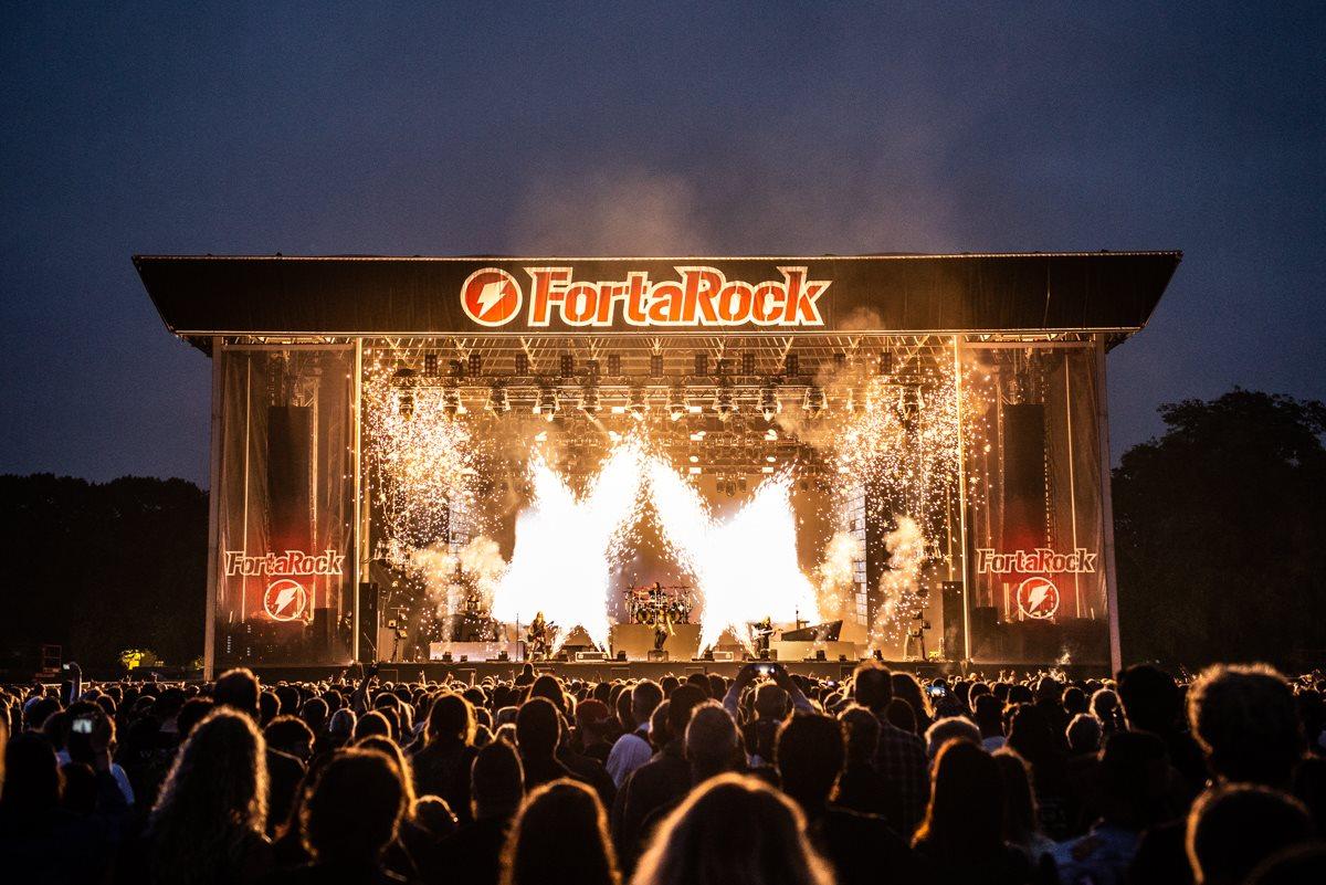 Nightwish op FortaRock 2018 - Fotocredits: Jimmy Israel | Schiet7kleuren (toestemming Janis van Lokven, FortaRock. Zie mail) NIET GEBRUIKEN BUITEN FESTIVAL REPORT FORTAROCK 2018!