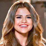 Selena Gomez - Credits Lunchbox LP - Wikimedia Commons (CC BY 2.0)