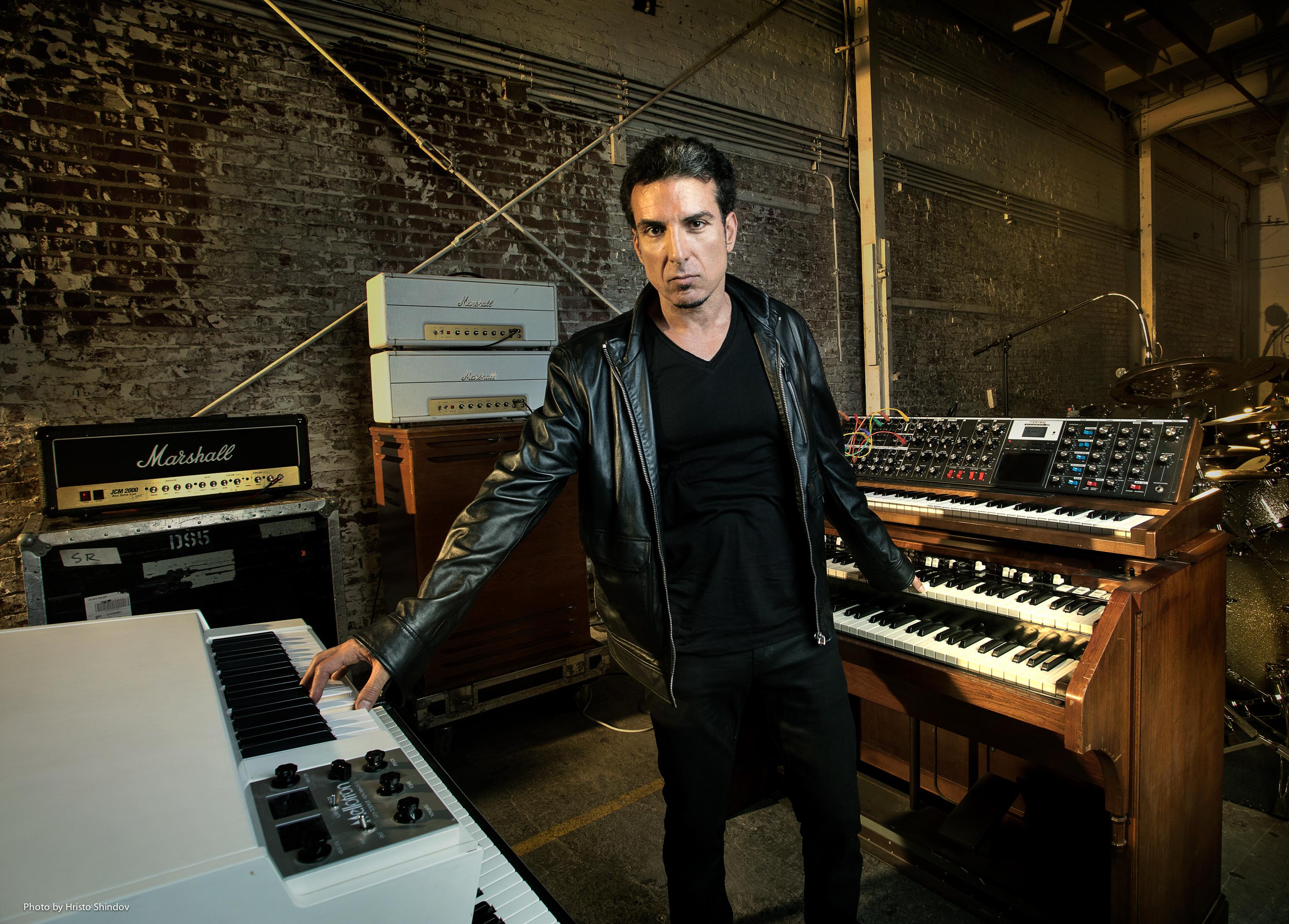 Derek Sherinian (Fotocredits: Hristo Shindov, persfoto InsideOut Music) - Toestemming, zie mail Frank van Liempd