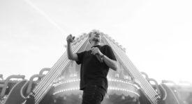Vliegende Vrienden van Amstel LIVE!, Diggy Dex tijdens Vliegende Vrienden 2018 - Fotocredits Shali Blok - ArtiestenNieuws (2)