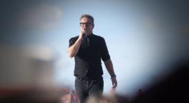 Oerrock, Vliegende Vrienden van Amstel LIVE!, Guus Meeuwis tijdens Vliegende Vrienden 2018 - Fotocredits: Shali Blok - ArtiestenNieuws