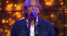 Martin Buitenhuis (Van Dik Hout) - Beeld: YouTube (Omroep MAX) - Creative Commons