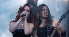 Epica & Apocalyptica Epica in Openluchttheater Hertme - Foto: Toine Pawlak (Artiesten Nieuws)