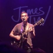 Rhys Lewis - Bron: YouTube